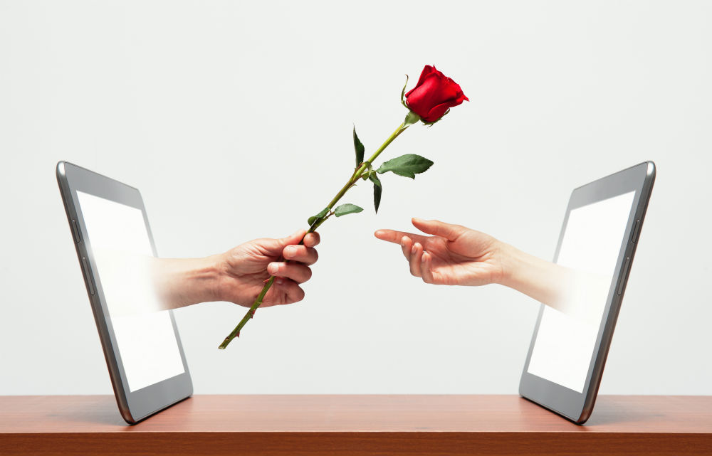 What You Can Achieve Through Online Dating